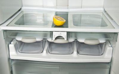 Pulire il frigo con prodotti naturali