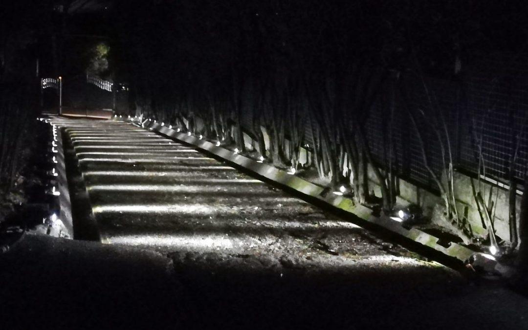 Consigli ed Idee per l'Illuminazione Vialetto LED